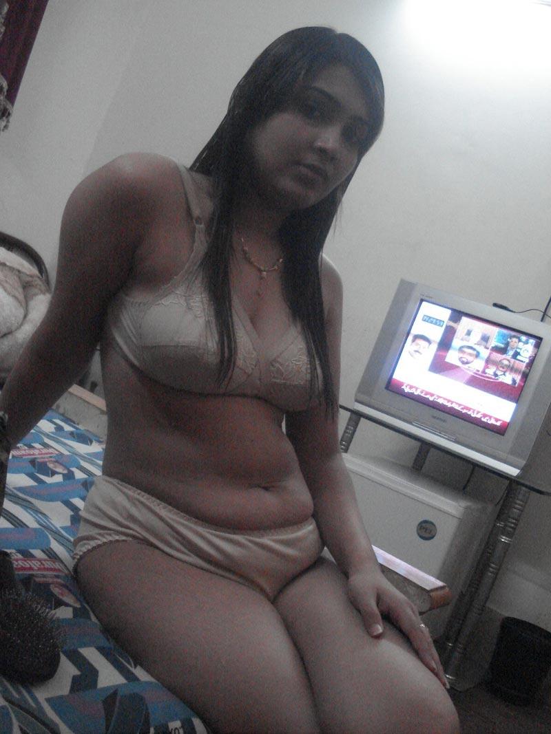 Desi nude night sexy videos